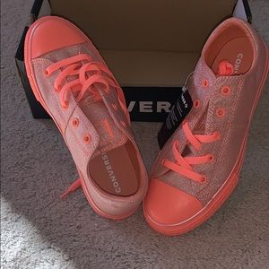 Converse CTAS Madison OX pink sneakers